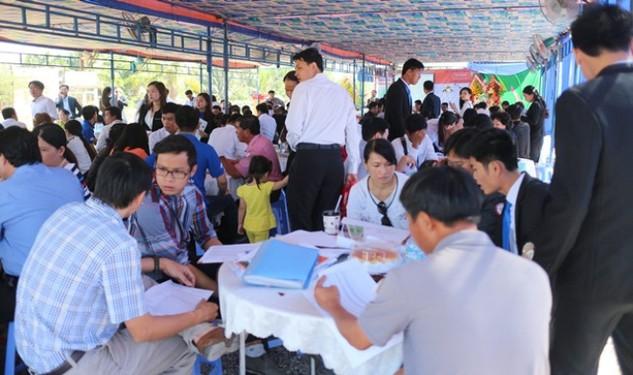 Lễ mở bán một dự án đất nền tại Tp.HCM hút đông đảo khách hàng