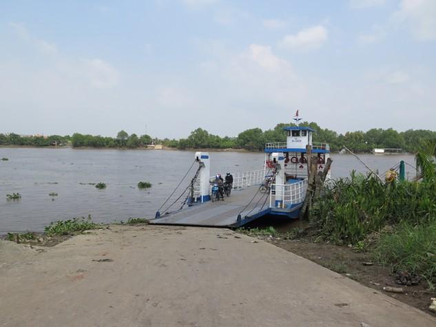 Bến Nhựt Tảo, 1 trong 3 bến khách ngang sông của tỉnh Long An thực hiện đấu giá. Ảnh: Văn Huyền