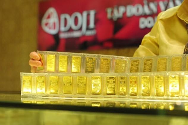 Giá vàng vẫn quanh mức 32,8 triệu đồng/lượng