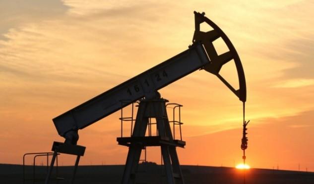 2 ngày tăng 21%, giá dầu tăng mạnh nhất trong 7 năm