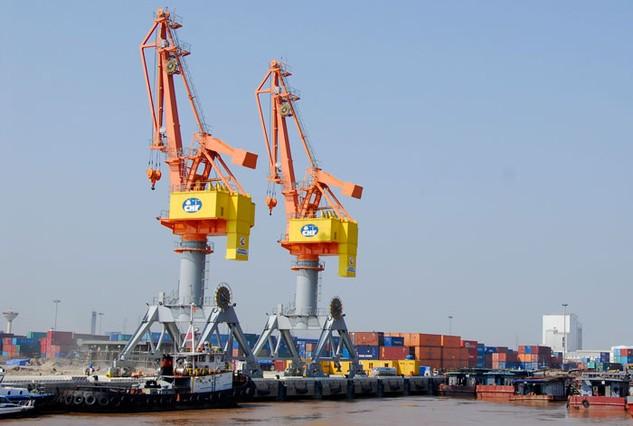 Hầu hết doanh nghiệp cảng biển hoạt động hiệu quả trong năm 2015. Ảnh: Lê Tiên