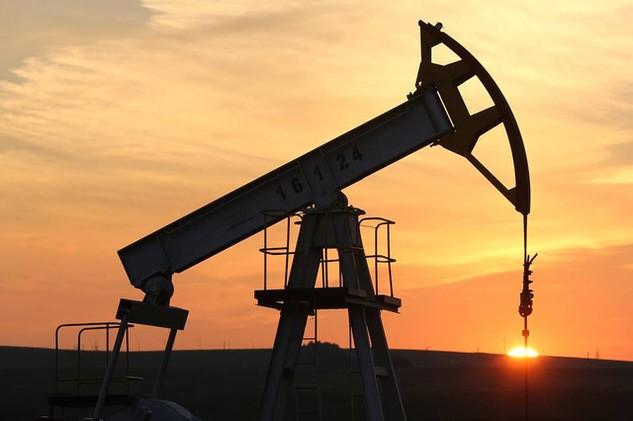 """Nhiều chuyên gia phân tích cho rằng dù Nga và OPEC hợp tác cắt giảm sản lượng thì cũng khó """"cứu"""" được giá dầu khi các nhà sản xuất dầu đá phiến Mỹ đứng ngoài cuộc (Ảnh minh họa)"""
