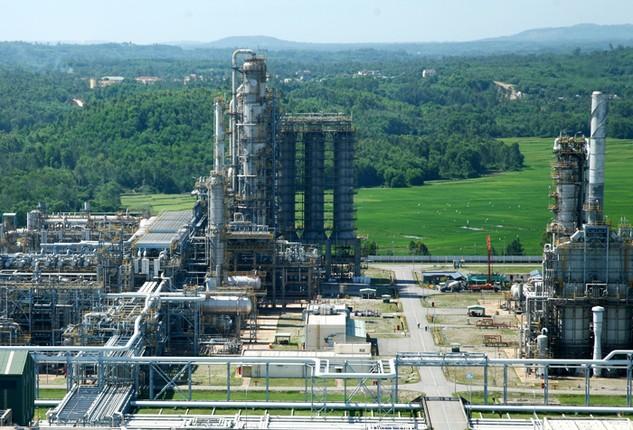 Giá xăng dầu giảm là nhân tố cơ bản làm lạm phát của Việt Nam giảm. Ảnh: Lê Tiên