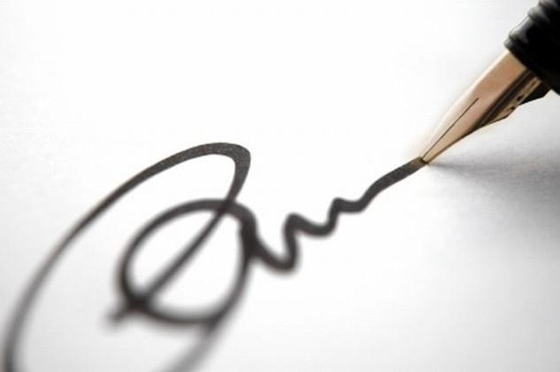Giả chữ ký chủ tịch HĐQT bán cổ phần, thuê xe... chiếm đoạt hơn 10 tỷ đồng