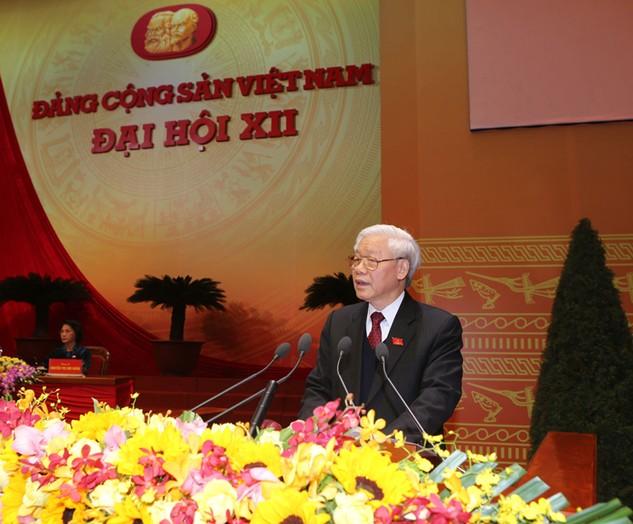 Tổng Bí thư Nguyễn Phú Trọng đọc diễn văn bế mạc Đại hội Đảng toàn quốc lần thứ XII. Ảnh: TTXVN