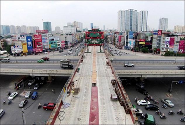 Dự án đường sắt đô thị Hà Nội, tuyến đường sắt trên cao Cát Linh - Hà Đông đang được đẩy nhanh tiến độ. (Ảnh: Internet)