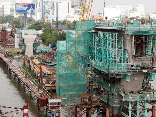Hệ thống metro sẽ góp phần giải quyết tình trạng ùn tắc giao thông tại Thành phố Hồ Chí Minh. Ảnh: Lê Toàn