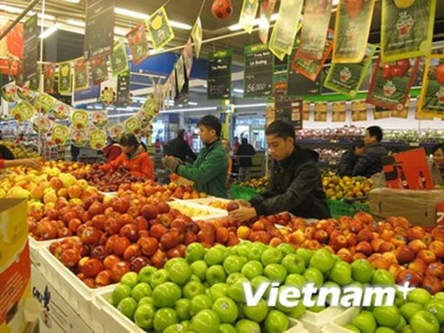 Các doanh nghiệp đã chuẩn bị đủ hàng với giá cả ổn định trong dịp tết (Ảnh: Đức Duy/Vietnam+)