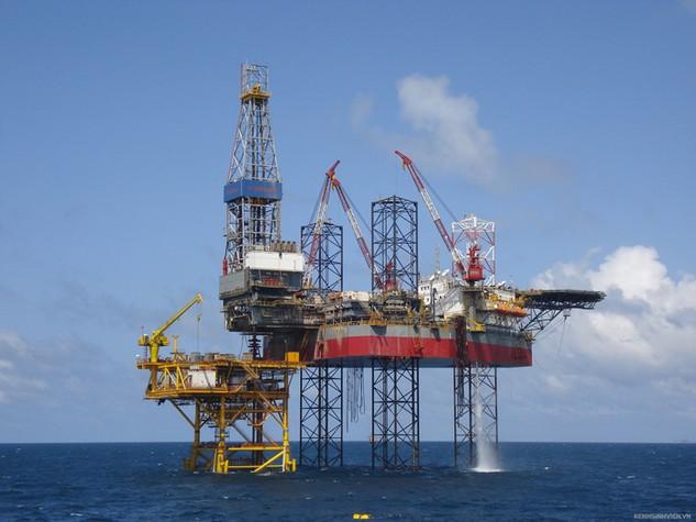 Giá dầu về dưới 30 USD, PVN sẽ giãn hoặc ngừng khai thác một số mỏ