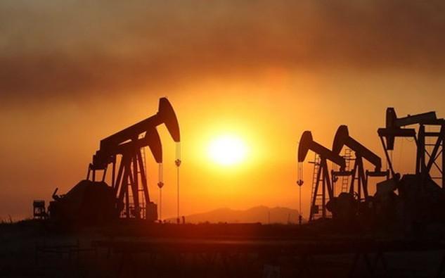 Sở dĩ thông tin dự trữ dầu tăng cao không gây sốc đối với nhà đầu tư trong phiên hôm qua là bởi vì năm nào dự trữ dầu cũng tăng cao ở cùng thời điểm này - Ảnh: BusinessInsider