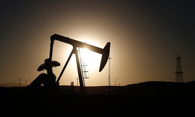 Giá dầu giảm sẽ làm những nước như Nga và Ả Rập Xê-út phá sản?