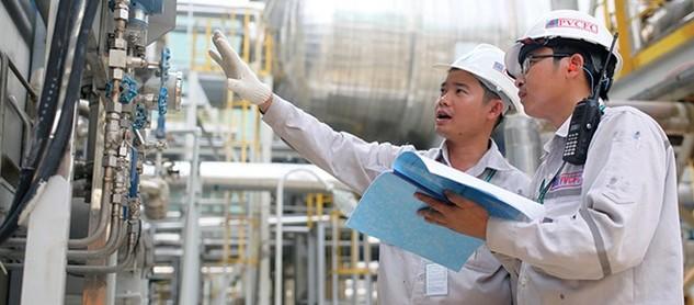 Nhiều DN duy trì tác phong công nghiệp ngay từ những ngày đầu năm nhằm hoàn thành kế hoạch cả năm