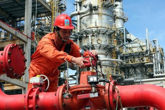 heo PetroVietnam, chênh lệch thuế nhập khẩu đẩy Nhà máy lọc dầu Dung Quất trước nguy cơ tạm dừng sản xuất. Ảnh: T.T