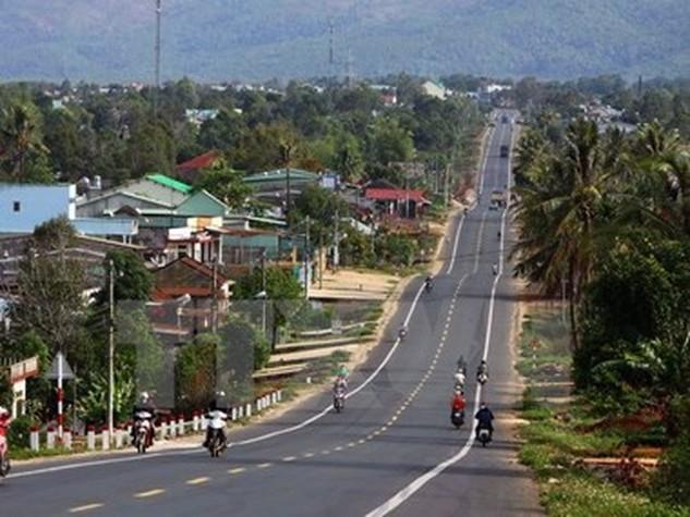 Đường Hồ Chí Minh đoạn qua Tây Nguyên và Bình Phước. (Ảnh: TTXVN)