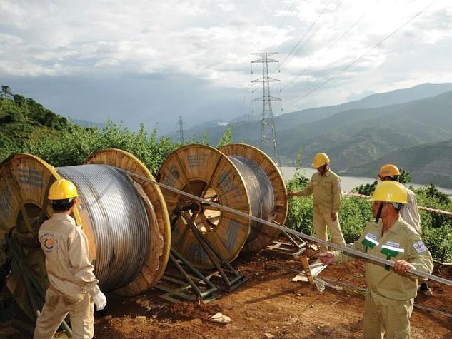 Có thêm 351 công trình lưới điện sẽ hoàn thành trong năm 2016 để đảm bảo cung cấp điện ổn định