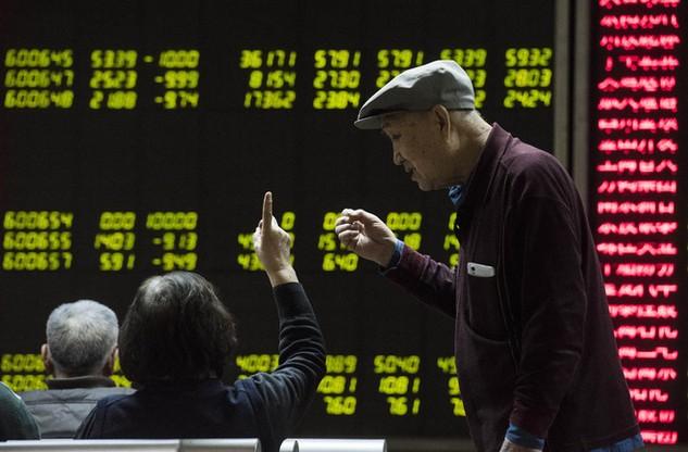 Chứng khoán Trung Quốc lại giảm hơn 6%