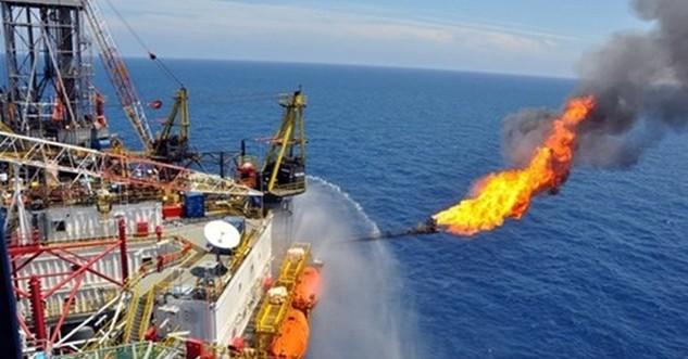Giá dầu thô giảm sâu là thách thức với ngành thuế trong thu - chi NSNN