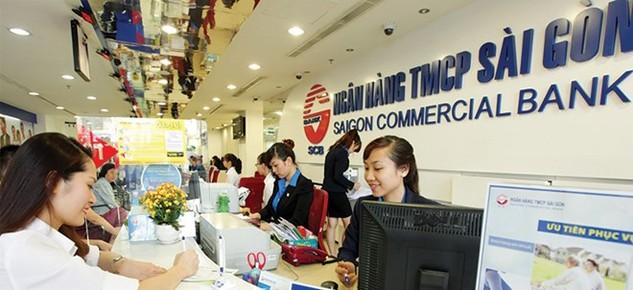 Theo các nhà băng, việc siết tín dụng bất động sản không ảnh hưởng nhiều đến các khoản vay của khách hàng cá nhân vay mua nhà. ảnh: Đức Thanh