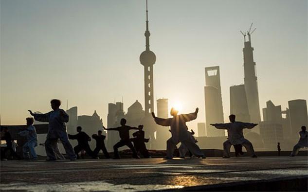 """Moody's cho rằng """"sức khỏe"""" tài chính của Chính phủ Trung Quốc có thể chịu áp lực nếu Bắc Kinh gánh các nghĩa vụ nợ cho các doanh nghiệp quốc doanh có vấn đề."""