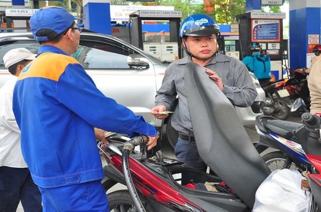 Giá xăng tăng