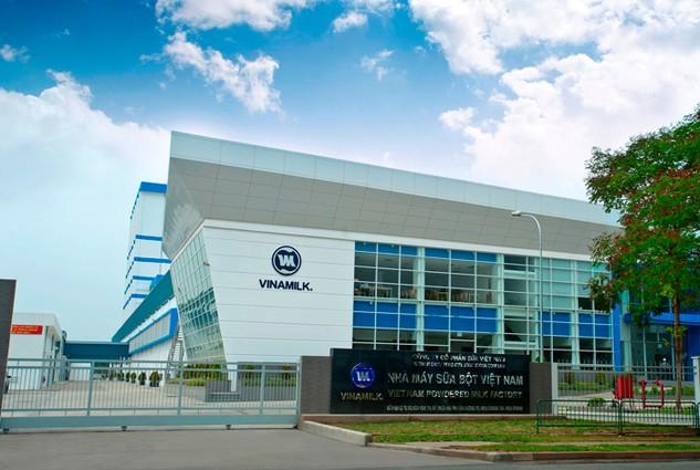 Lượng giao dịch của cổ phiếu VNM tăng vọt ngay sau khi có thông tin Fraser & Neave muốn mua lại cổ phần mà SCIC thoái khỏi Vinamilk. Ảnh: Nhã Chi