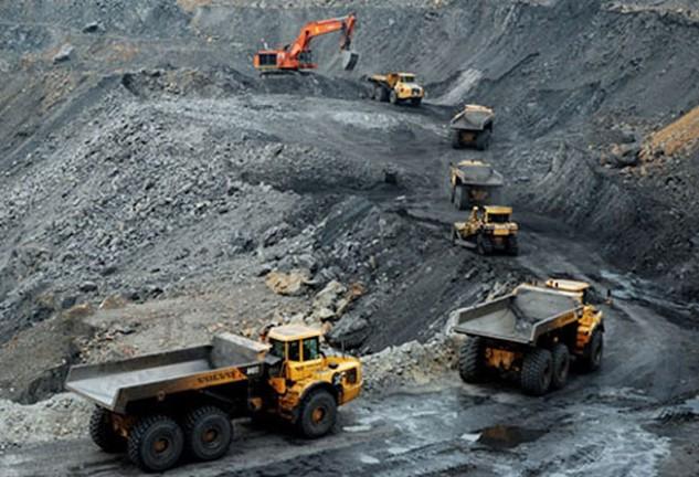 Tổng trữ lượng và tài nguyên than dự tính đến ngày 31/12/2015 khoảng 48,88 tỷ tấn