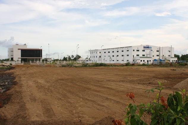 Chính phủ đề xuất đến năm 2020 đất khu công nghiệp là 191,42 nghìn ha, điều chỉnh giảm 8,59 nghìn ha so với chỉ tiêu Quốc hội duyệt. Ảnh: NC