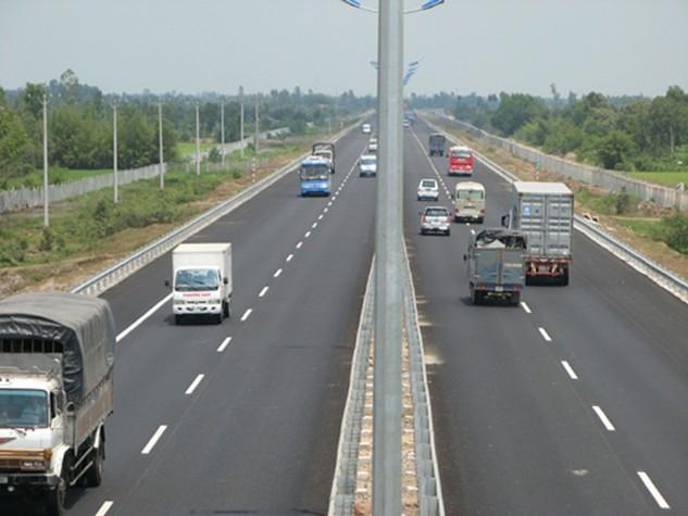 Như vậy, mức phí áp dụng đối với xe loại 5 trên đường cao tốc Hà Nội – Hải Phòng nếu thu đúng, thu đủ có thể lên tới 10.660 đồng/km.
