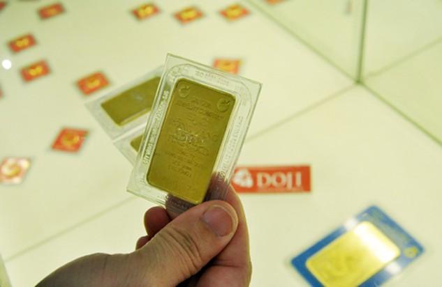 Mỗi lượng vàng miếng sáng nay giảm vài trăm nghìn đồng.