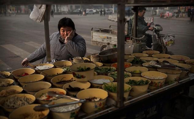Kinh tế giảm tốc, tăng trưởng tiền lương tại Trung Quốc nhạt dần