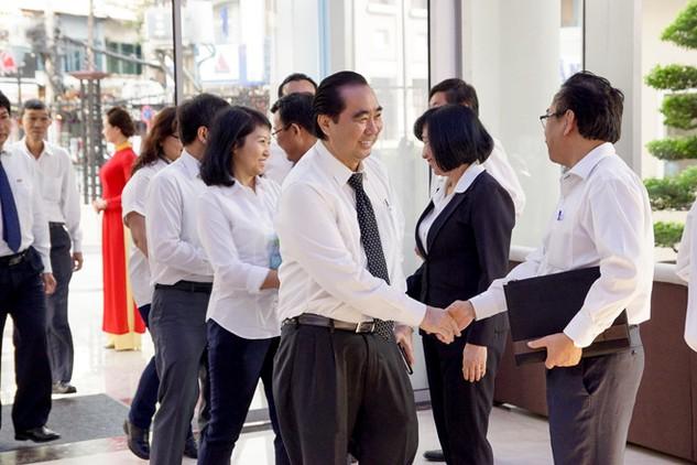 Lãnh đạo Vissan tại phiên IPO ngày 7/3