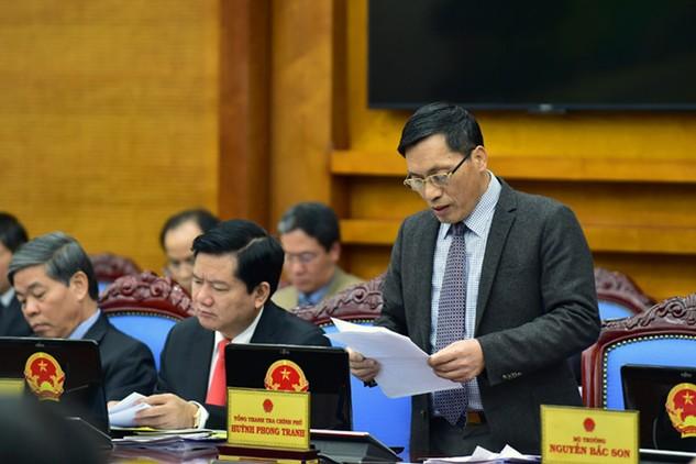 Phó Tổng Thanh tra Chính phủ Ngô Văn Khánh báo cáo công tác thanh tra, giải quyết khiếu nại, tố cáo. Ảnh: VGP/Nhật Bắc