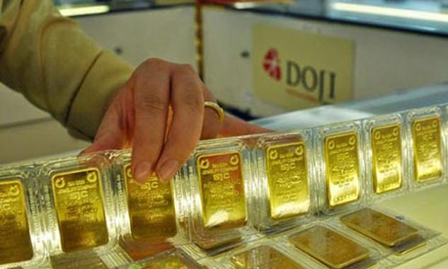 Giá vàng trong nước sáng nay ngang bằng với thế giới.