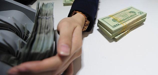 Siết cho vay ngoại tệ từ 31/3, ngân hàng, doanh nghiệp ảnh hưởng ra sao?