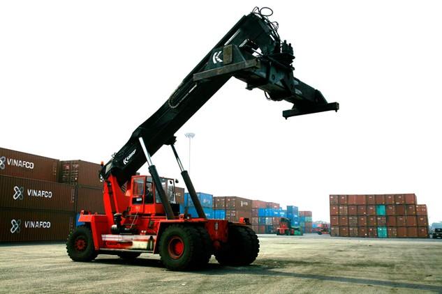 Chi phí logistics mỗi năm của Việt Nam tương đương khoảng 25% GDP. Ảnh: Lê Tiên