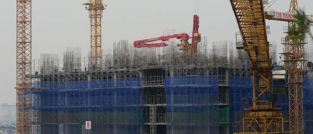 Người mua nhà cần tham khảo kỹ trước khi xuống tiền mua nhà tại các dự án nhà ở hình thành trong tương lai. Ảnh: Dũng Minh