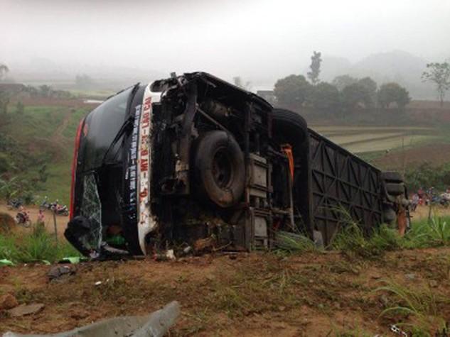 Tai nạn trên cao tốc Hà Nội - Lào Cai.