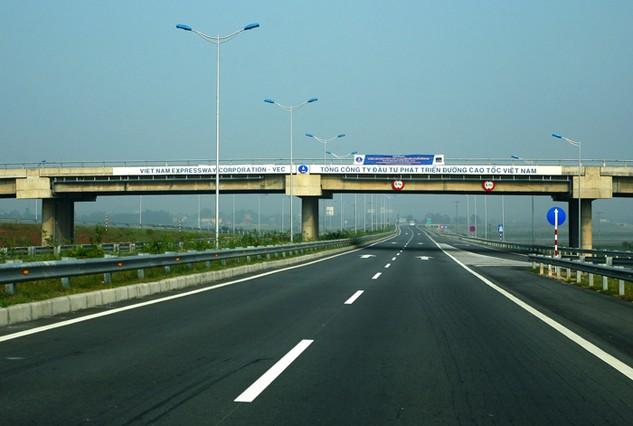 Tổng công ty Đầu tư phát triển đường cao tốc được thành lập để xây dựng các công trình giao thông trọng điểm. Ảnh: Lê Tiên