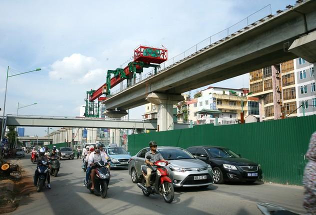 Tính đến cuối tháng 2/2016, Tổng thầu Trung Quốc thực hiện Dự án Đường sắt đô thị Hà Nội còn nợ các nhà thầu phụ Việt Nam 554 tỷ đồng. Ảnh: Lê Tiên