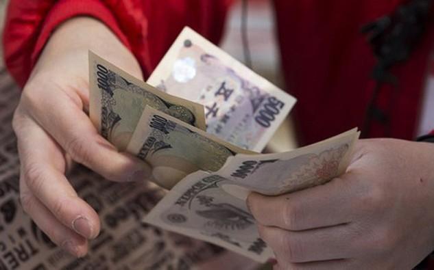 Theo các chuyên gia tiền tệ tại Nhật, sự tăng giá của đồng yên trong thời gian vừa qua có nguyên nhân chủ yếu do việc nhà đầu tư bán mạnh USD chứ không phải do họ mua mạnh đồng yên - Ảnh: MarketWatch.