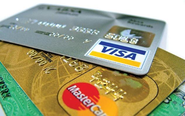 Các nhà băng không kiểm soát được thẻ của khách hàng có phải thực sự bị mất hay bị lợi dụng