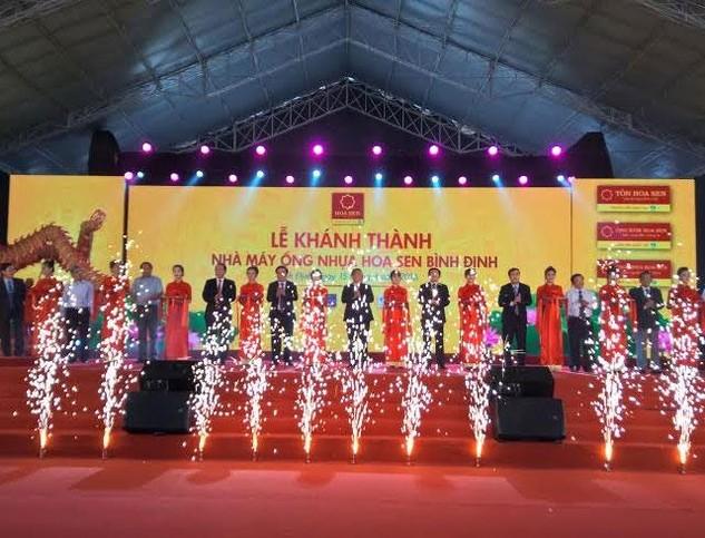 Lễ cắt băng khánh thành Nhà máy ống nhựa Hoa Sen Bình Định.