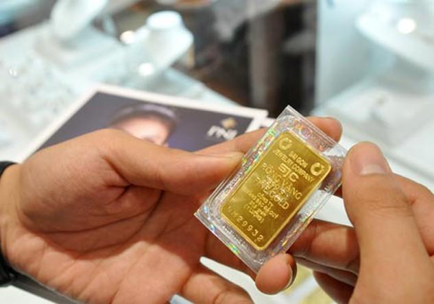 Giá vàng trong nước giảm vài chục nghìn đồng sáng nay.