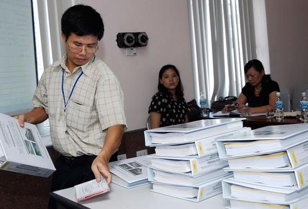 Qua thanh, kiểm tra trong năm 2015, Sơn La đã phát hiện 6 tổ chức vi phạm các quy định của pháp luật về đấu thầu. Ảnh: Lê Tiên
