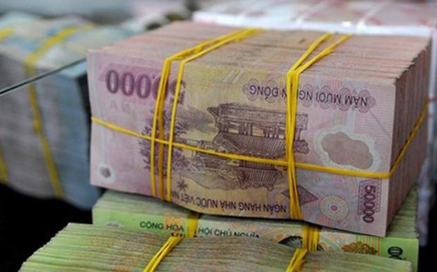 Tiền giấy mệnh giá 10.000 - 100.000 đồng theo cử tri có chất lượng thấp, cần được thay thế.