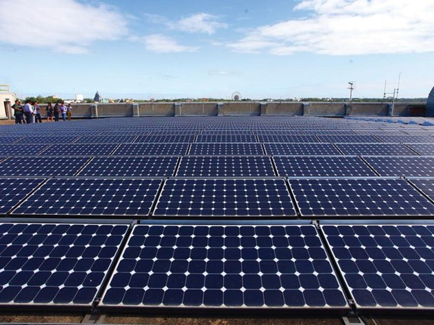 Dự án tỷ đô sản xuất pin mặt trời First Solar có nhà đầu tư mới