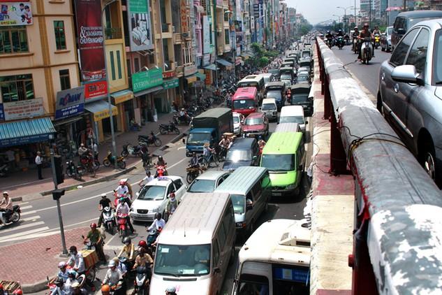 Một số địa phương xin cơ chế đặc thù cho các dự án hạ tầng giao thông với lý do không thuyết phục. Ảnh: Lê Tiên