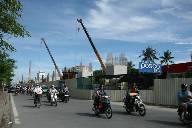 Các gói thầu thi công đoạn tuyến trên cao Dự án Đường sắt đô thị Hà Nội (đoạn Nhổn – ga Hà Nội) triển khai đạt tiến độ. Ảnh: Gia Khoa
