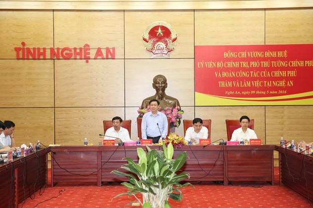 Phó Thủ tướng Vương Đình Huệ phát biểu chỉ đạo tại buổi làm việc với lãnh đạo tỉnh Nghệ An