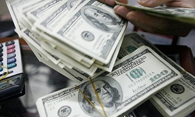 """Quan điểm cho rằng ngân hàng gặp """"bẫy thanh khoản"""" ngoại tệ tiếp nhận nhiều phản biện quyết liệt từ phía nhà băng. Ảnh: NDO"""